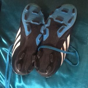 adidas Shoes - Kids Size 1 Adidas cleats barely worn